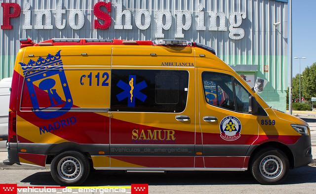 Ambulancia mercedes sprinter de sva(soporte vital avanzado) del Samur