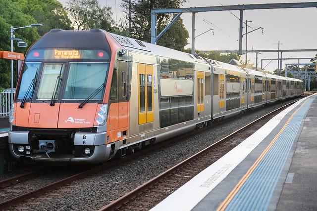 Sydney Trains Waratah Series 2