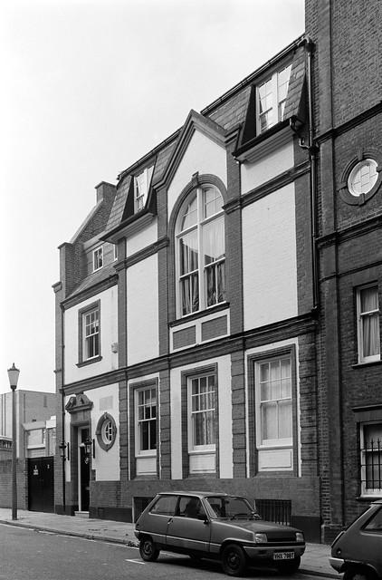 Dilke St, Chelsea, Kensington & Chelsea, 198888-5e-33-positive_2400
