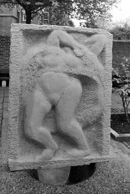 Untitled, bas-relief, Jacob Epstein, sculpture, Ropers Gardens, Chelsea Embankment, Chelsea, 88-5g-45-positive_2400