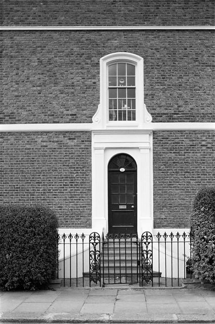 Kings Rd area, Chelsea, Kensington and Chelsea, 1988 88-5c-56-positive_2400