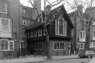 The Vale, Chelsea, Kensington and Chelsea, 1988 88-5b-42-positive_2400