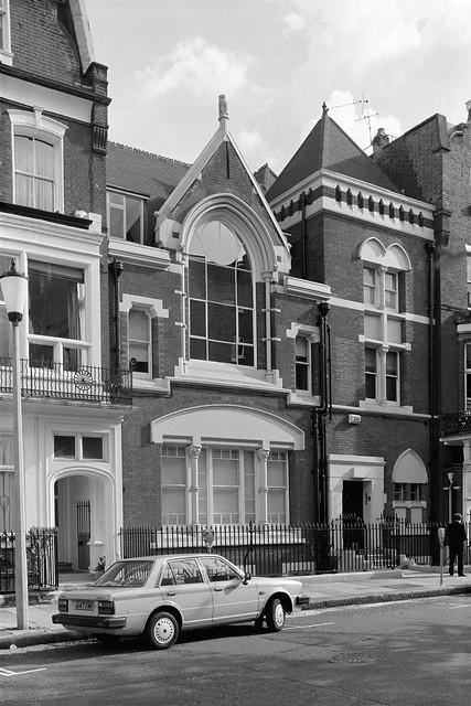 Elm Park Rd, Chelsea, Kensington and Chelsea, 1988 88-5b-15-positive_2400