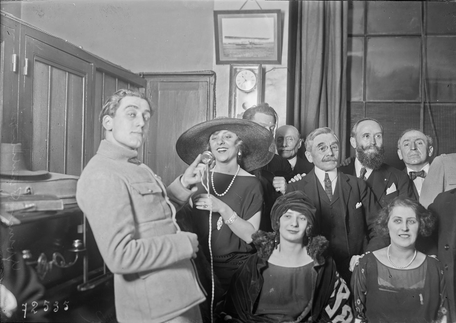 14. 1922. Концерт Ивонн Прентан на Эйфелевой башне. 7 марта