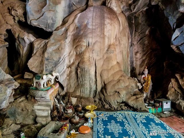 190821-027 La grotte (2019 Trip)