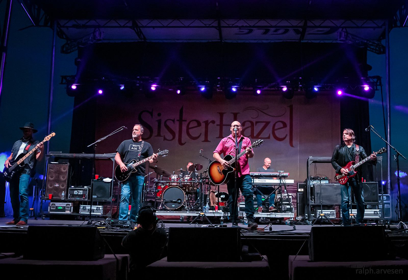 Sister Hazel | Texas Review | Ralph Arvesen