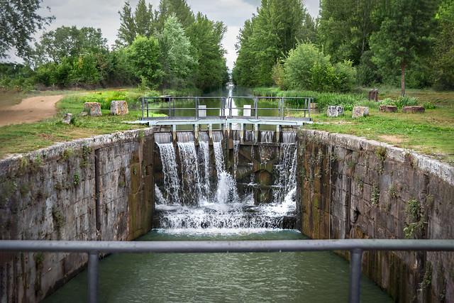 Ciri. 6º Esclusa la anterior a la Presa de San Andrés, donde se encuentra el Centro de Interpretación del Canal de Castilla