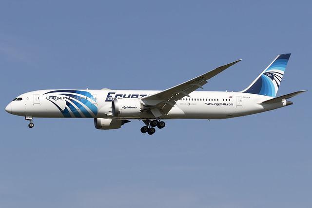 Egyptair 787-9 Dreamliner SU-GER at Heathrow Airport LHR/EGLL