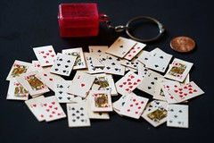 Tiny Playing Cards in a Keychain - Crazy Tuesday - House of Cards
