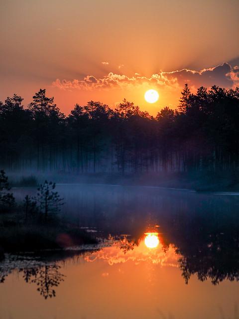 Sunrise at Selisoo