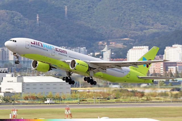 HL7743  -  Boeing 777-2B5(ER)  -  Jin Air  -  GMP/RKSS 6/10/19