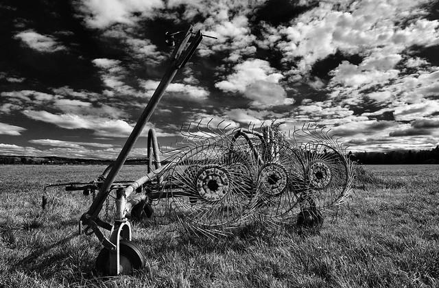Raisting - Farm Equipment