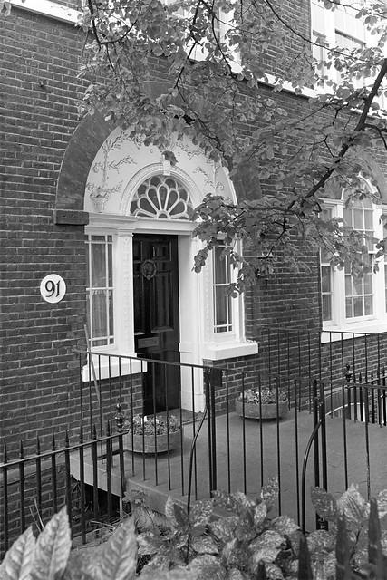 Beaufort St, Chelsea, Kensington & Chelsea, 1988 88-5j-45-positive_2400