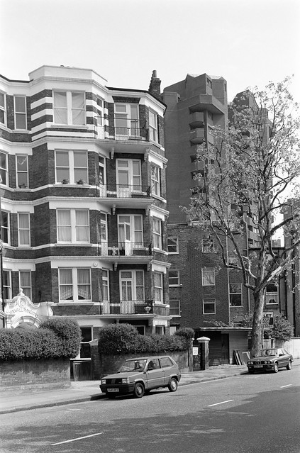 Cremorne Rd, Chelsea,  Kensington & Chelsea, 1988 88-5k-66-positive_2400