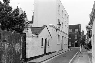 The Studio,  Upper Cheyne Row, Lawrence St, Chelsea, Kensington & Chelsea, 1988  88-5i-62-positive_2400