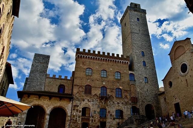 Piazza Duomo - San Gimignano