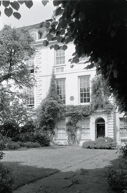 Whistler's House, Cheyne Walk, Chelsea, Kensington & Chelsea, 1988 88-5k-31-positive_2400