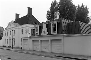 Chelsea Square, Chelsea, Kensington & Chelsea, 1988  88-5i-42-positive_2400