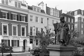 Thomas Carlyle, Chelsea Embankment Gardens, Chelsea, Kensington & Chelsea, 1988  88-5h-55-positive_2400