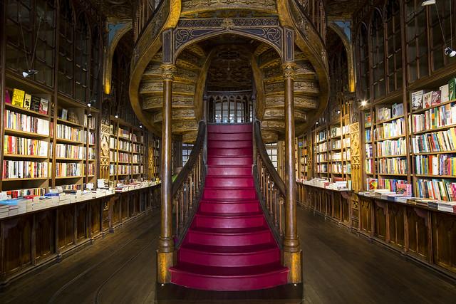 Librería Lello e Irmao (Oporto)