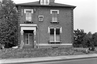 Willesden Lane, Brondesbury, Brent, 1988 88-5l-21-positive_2400