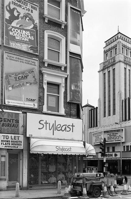 Bingo Hall, Gascony Avenue, Kilburn High Rd, Kilburn State, Odeon, Kilburn,  Camden, Brent, 1988 88-5m-63-positive_2400