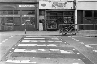 Joe's Used Ballbearing Emporium, Malvern Rd, West Kilburn, Westminster, 198888-5l-55-positive_2400