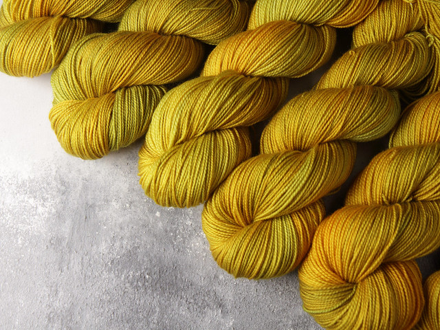 Favourite Sock – pure merino superwash wool 4 ply/fingering hand dyed yarn 100g – 'Colonel Mustard' (golden yellow)