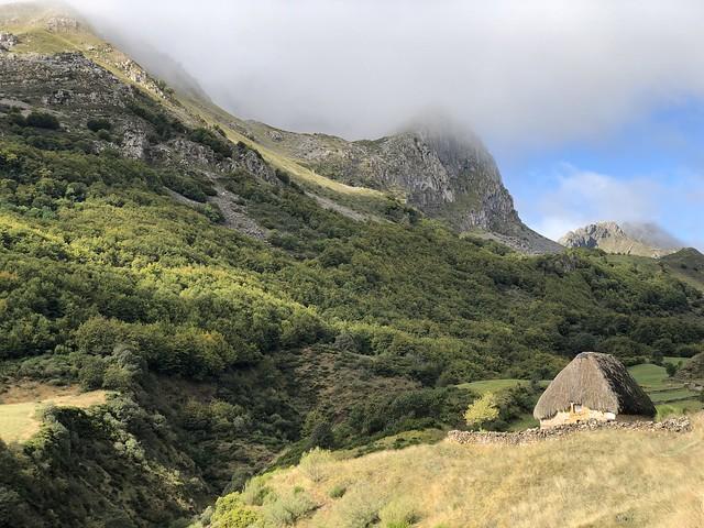 Teito en La Peral (Somiedo, Asturias)