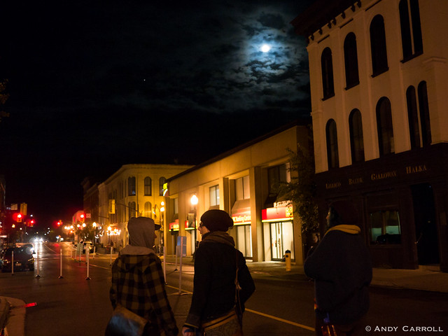 Hunter St., with full moon