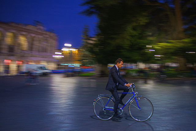 Mr Bean or Emmanuel Macron 🤔