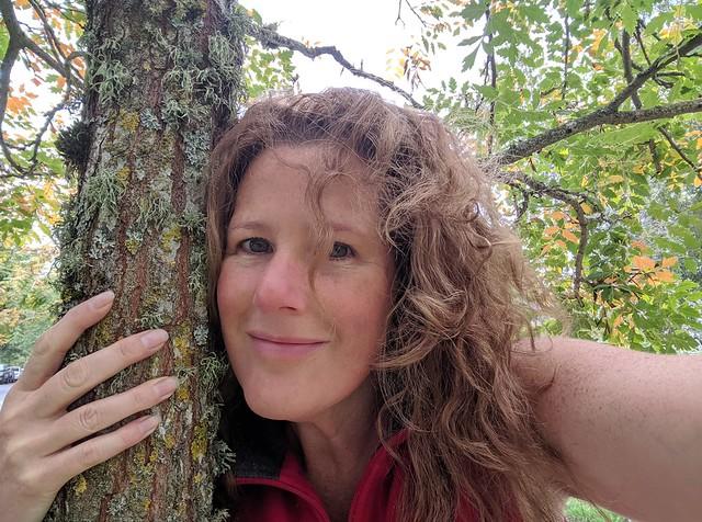 tree hugging barefoot walking Goddess KRING