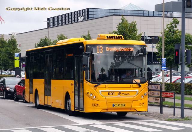 2011 Volvo B7RLE Keolis 2622 works on the remaining leg of route 13 after truncation a year ago when Metro Cityring opened