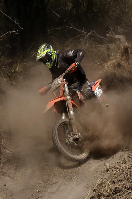 Gundy Moto X-Country