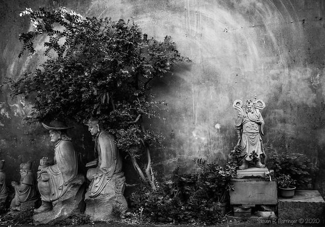 deities in monochrome viii