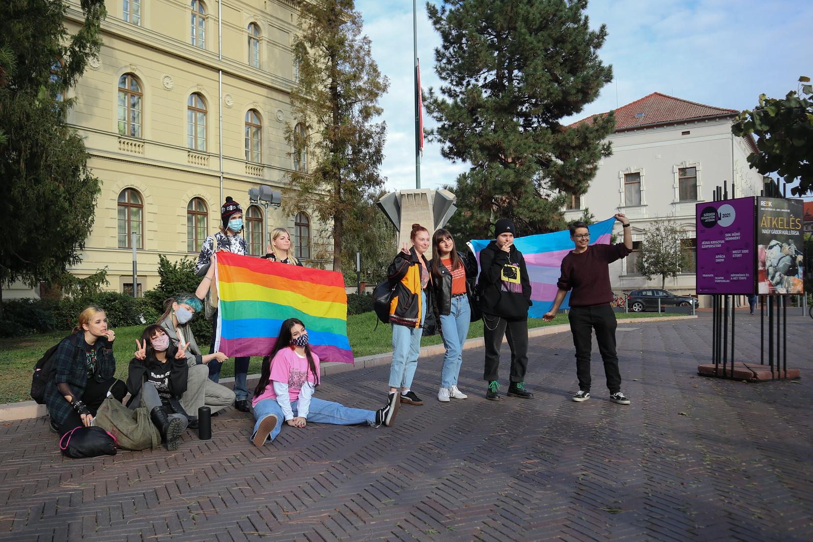 Szegeden járt Dúró Dóra, nem mindenki fogadta szívesen