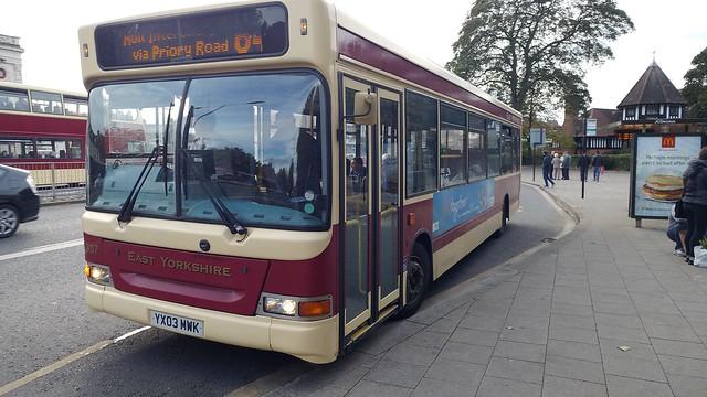East Yorkshire 337 - YX03 MWK