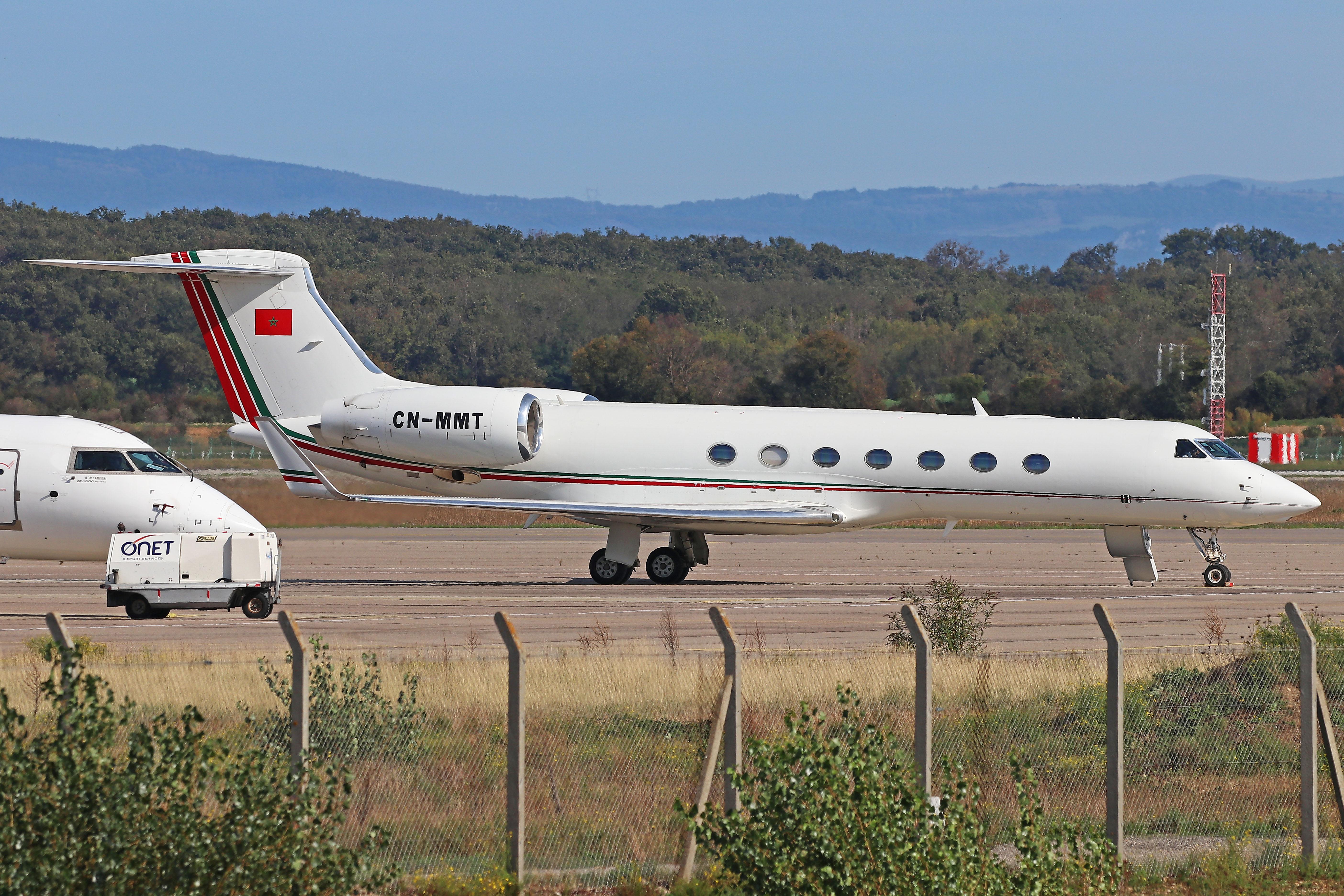 FRA: Avions VIP, Liaison & ECM - Page 25 50436948451_19a66052ba_o_d