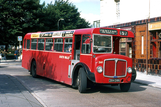 South Wales Transport . 260 284DWN . Llanelli , South Wales . Saturday afternoon 04th-September-1971 .