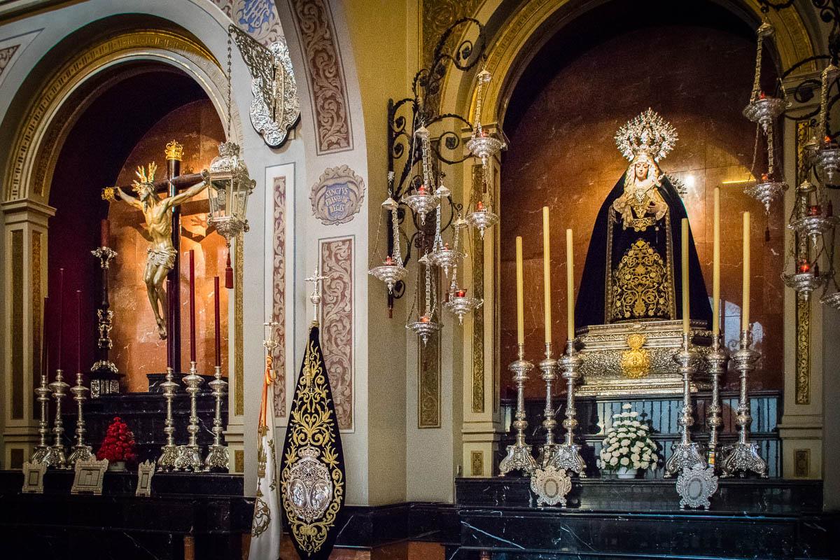 Archicofradía del Santísimo Cristo de la Expiración y María Santísima de los Dolores Coronada