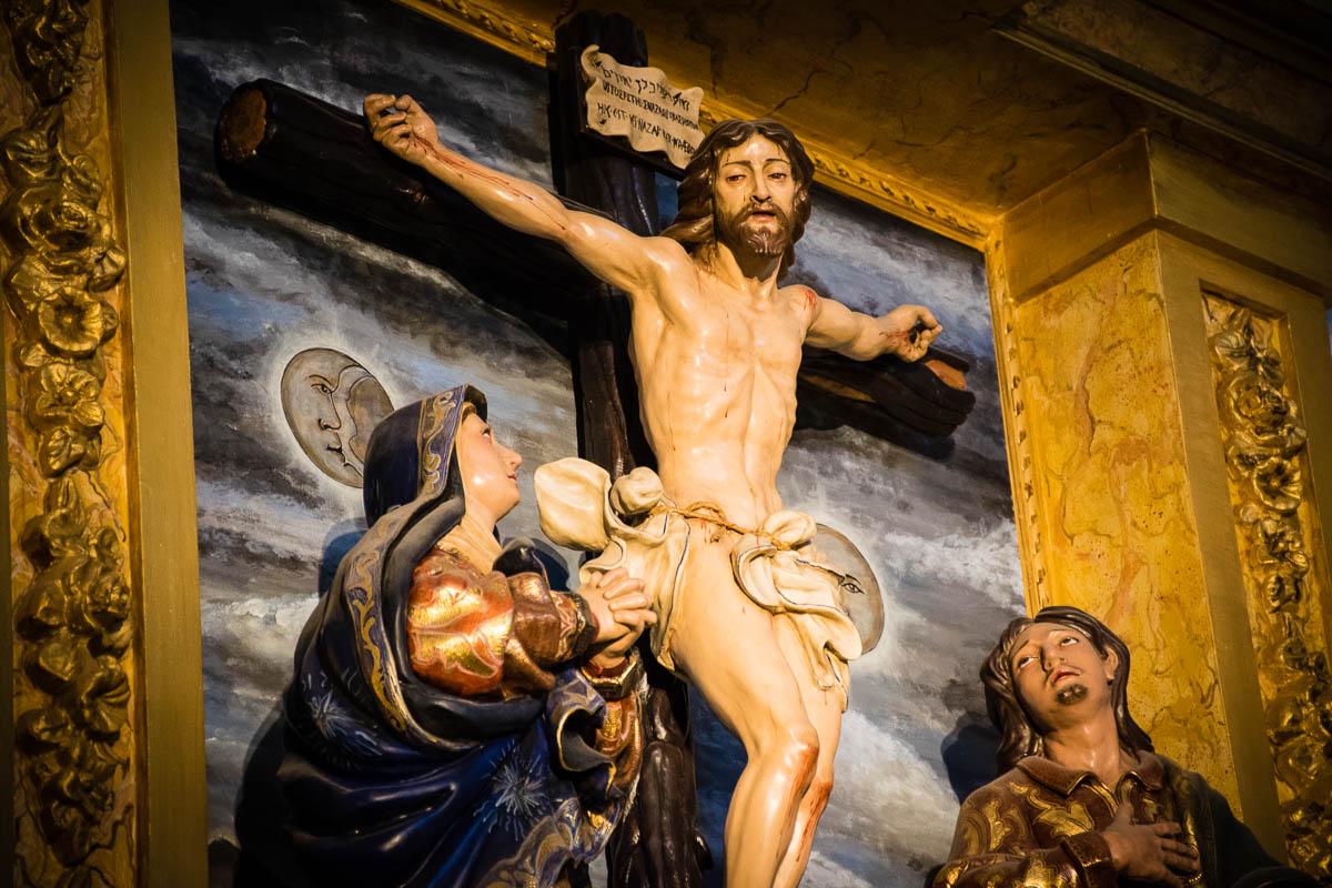 Detalle del Cristo, la Virgen y san Juan