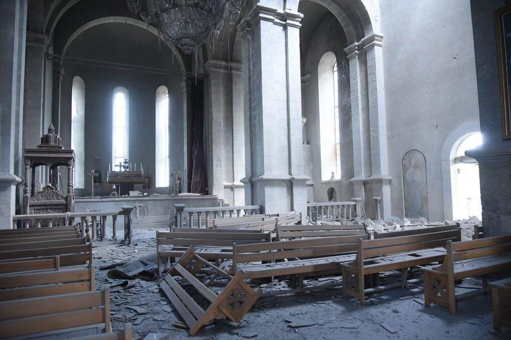 Intérieur de l'église de Chouchi