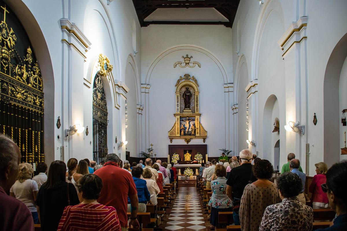 Celebración eucarística en el templo parroquial