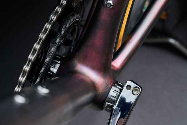 2021-specialized-aethos-bb-1