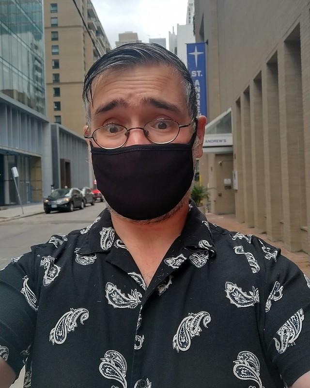 Black and white, Hayden Street #toronto #yongeandbloor #haydenstreet #blackandwhite #black #mask #me #selfie #instagay