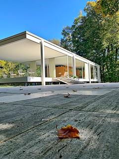 A beautiful morning at the Farnsworth House.