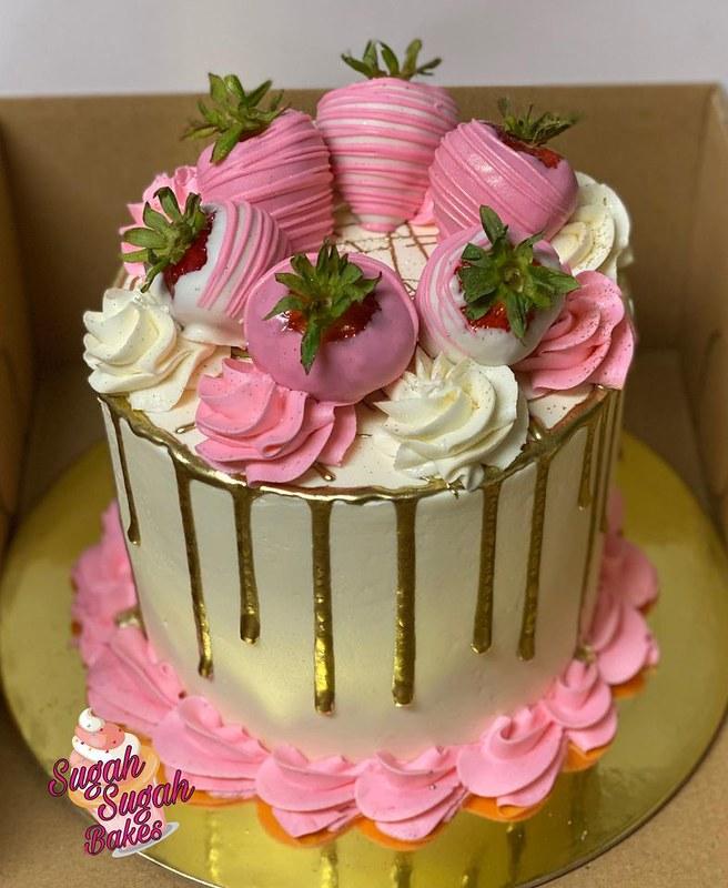 Cake by Sugah Sugah Bakes