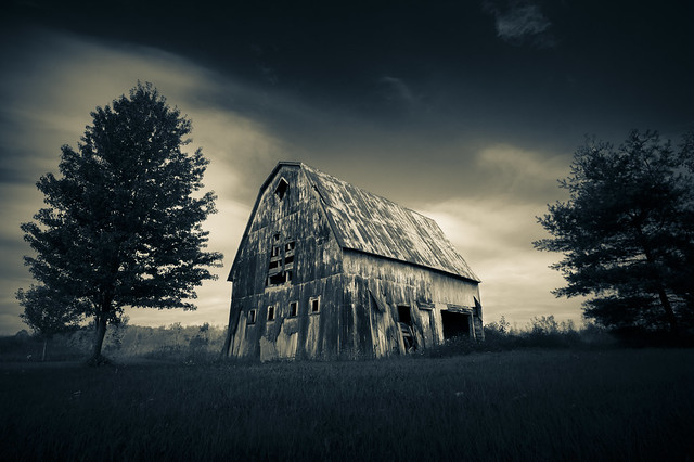 1895, Abandoned Barn (1)
