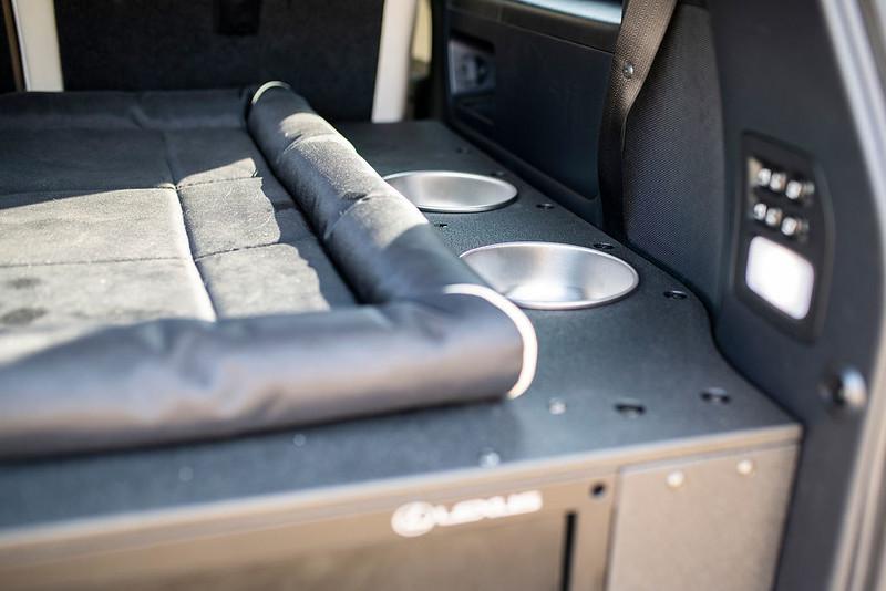 Lexus-J201-Concept-based-on-LX-570-39