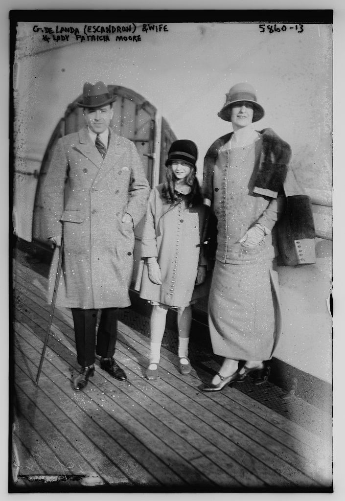 G. De Landa (Escandron) and wife & Lady Patricia Moore (LOC)
